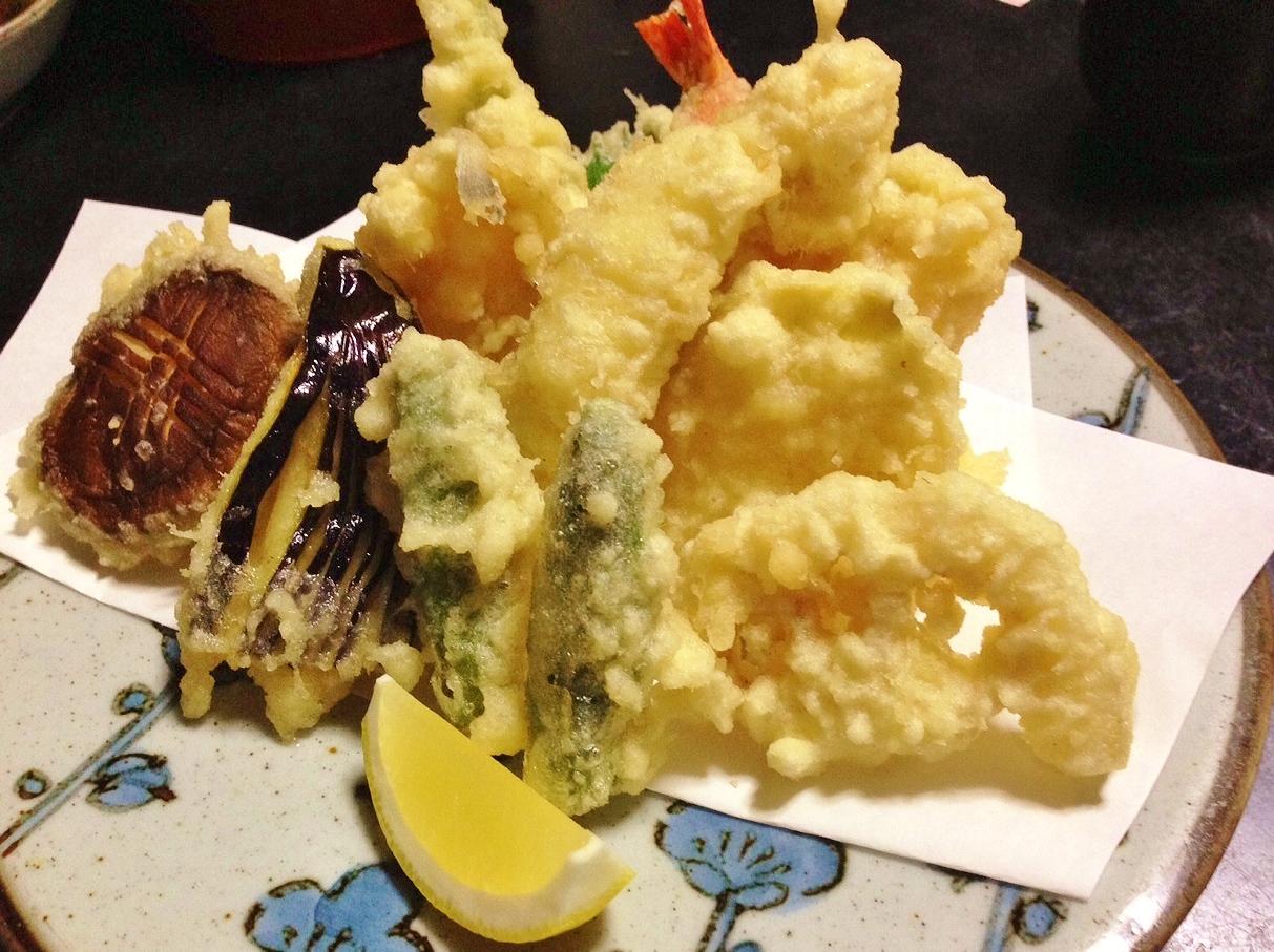 志ばらくの天ぷら盛り合わせ